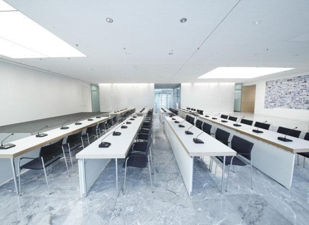 конференцзал лекторий система Beyerdynamic Quinta 4-2.jpg