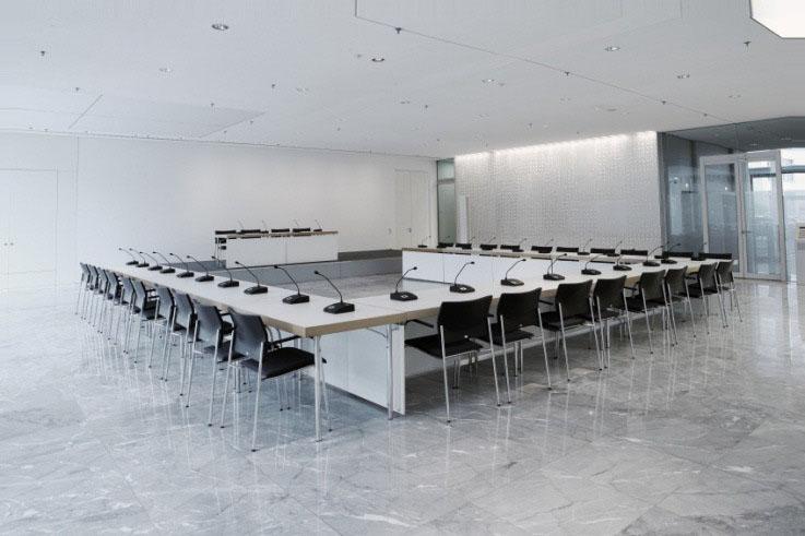 конференцзал система Beyerdynamic Quinta 3-1.jpg